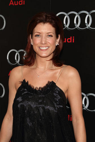 Kate Walsh Is Just As Beautiful and Pretty As Ever
