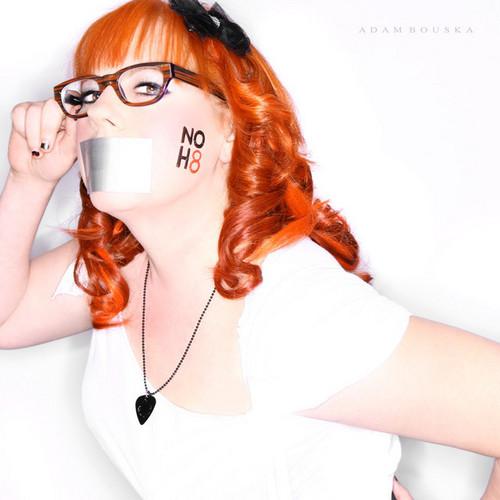 Kirsten Vangsness NOH8 campaign 사진