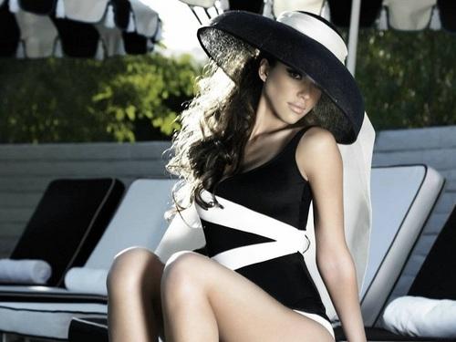 Lovely Jessica Alba