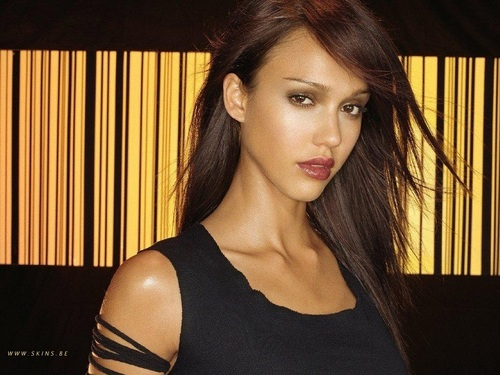jessica alba wallpaper possibly containing a portrait called Lovely Jessica wallpaper