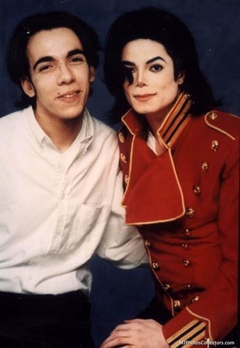 MJ and his peminat-peminat «3