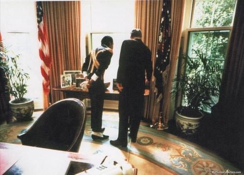 MJ at White house