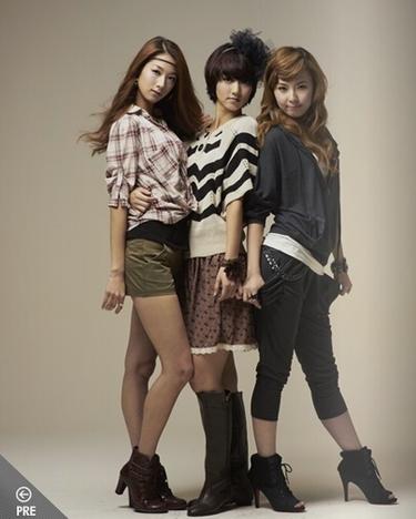 Minha, Violet, Hyemi