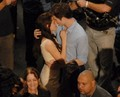 もっと見る Rob & Kristen 'Breaking Dawn' Part 1 Set Pictures