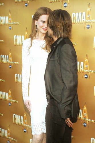 Nicole and Keith at the 44th Annual Country muziki Awards in Nashville