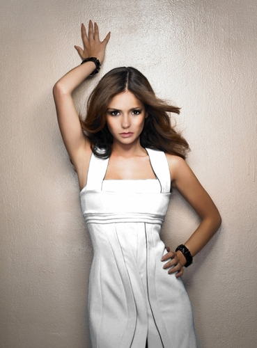 니나 도브레브 바탕화면 possibly containing a 칵테일 dress, a chemise, and a nightgown entitled Nina Dobrev Photoshoot HQ