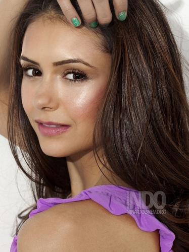Nina Dobrev - nina-dobrev Photo