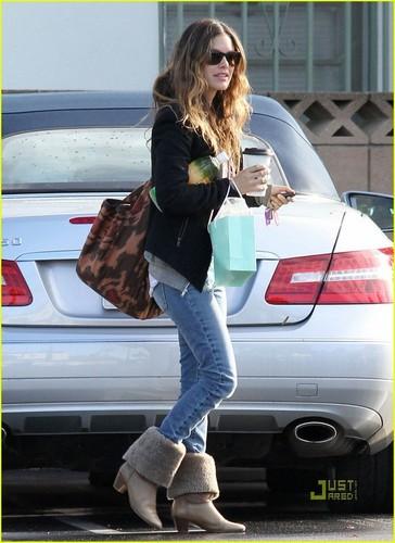 Rachel on set BFF & Baby