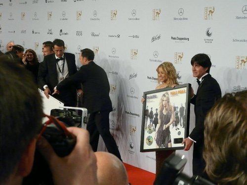 Shakira, Mesut Özil and Jogi Löw at the 62nd Bambi Awards 2010 (red carpet)