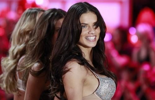 Victoria's Secret Fashion 显示 2010