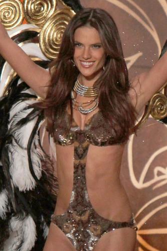 Victoria's Secret Fashion onyesha 2010