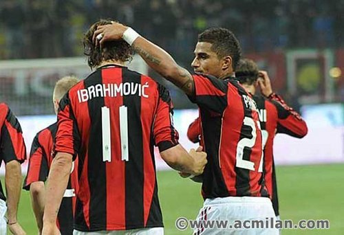Zlatan Ibrahimovic वॉलपेपर possibly containing a आगे titled Z.Ibrahimovic...(Milan-Palermo, 3-1, Serie A TIM)