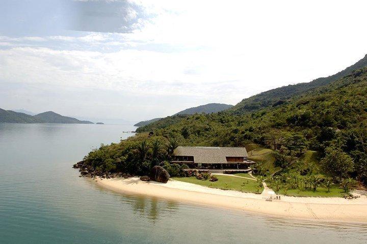 isle esme-honeymoon house