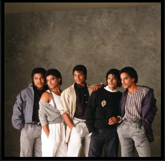 The Jacksons Love-the-jackson-5-16861502-526-513