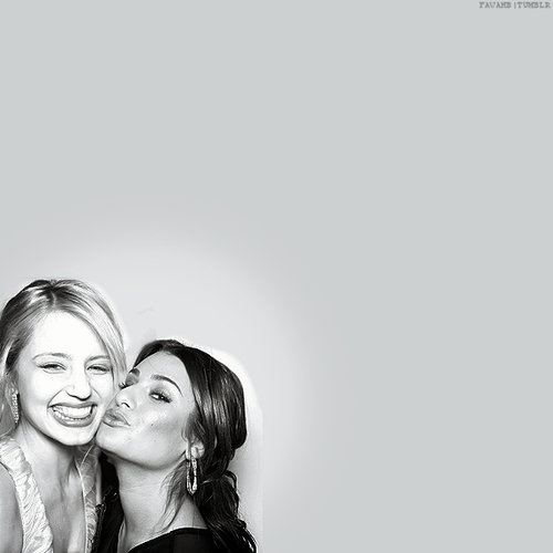 dianna agron and lea michele. Lea Michele and Dianna Agron