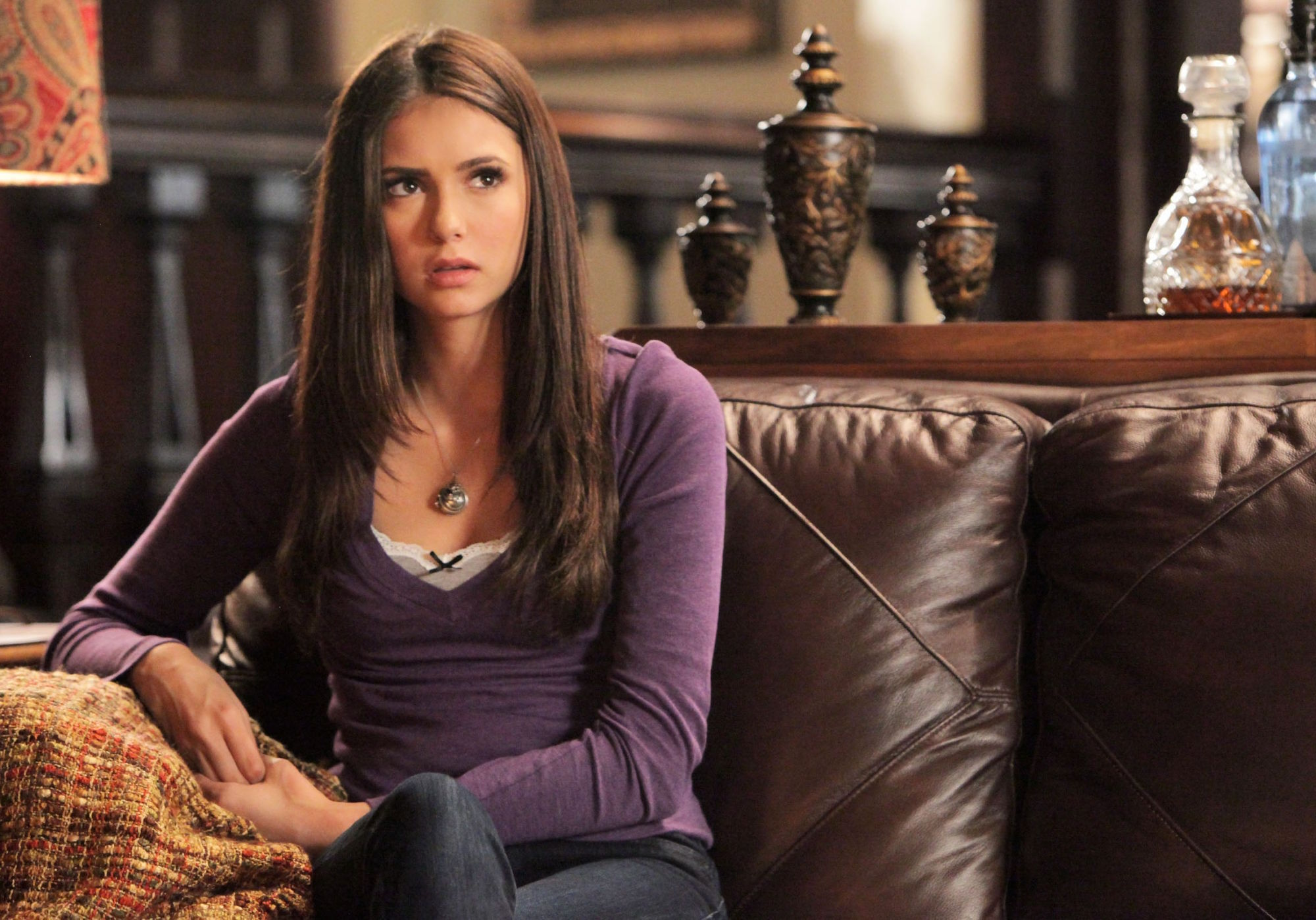 http://images4.fanpop.com/image/photos/16900000/2-10-The-Sacrifice-the-vampire-diaries-16900314-2000-1398.jpg
