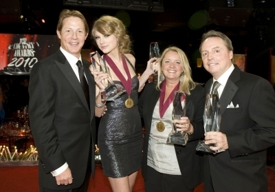 58th Annual BMI Country Musik Awards (New Pics)