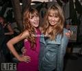 Bella& Debby Ryan= BFFS