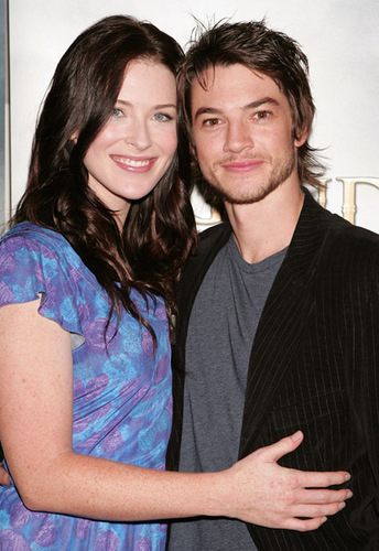 Bridget-and-Craig-3-bridget-regan-and-craig-horner-16926448-344-500.jpg