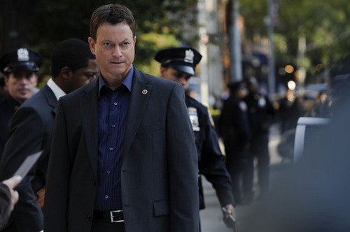 CSI:NY پیپر وال with a business suit and a suit entitled CSI: NY