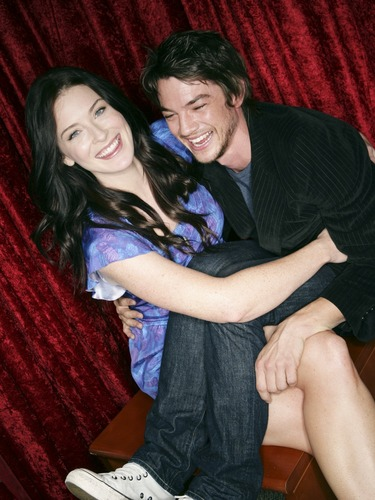 Craig-Bridget-bridget-regan-and-craig-horner-16930950-375-500.jpg