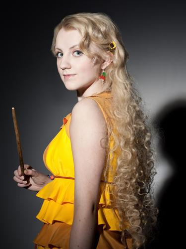 Evanna Lynch fondo de pantalla possibly with a leotard, a chemise, and a cóctel, coctel dress called DH Promo