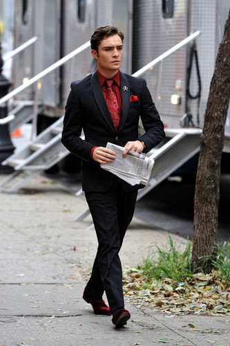 Ed Westwick on set of GG