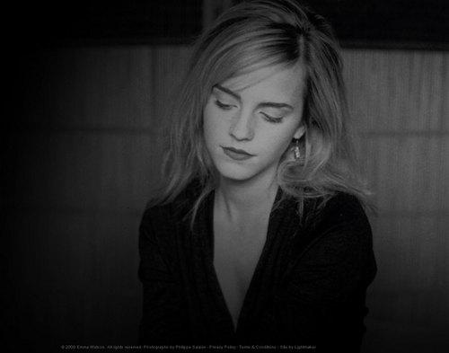 Emma Watson - Photoshoot #046: Philipe Salaün (2008)