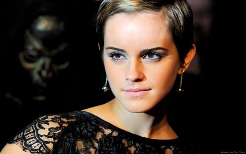 Emma Watson aka Hermione HP7 Premier kertas-kertas dinding