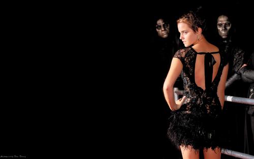 Emma Watson aka Hermione HP7 Premier দেওয়ালপত্র