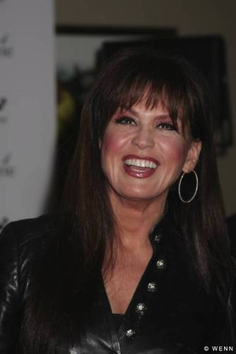 Marie Osmond wallpaper containing a portrait called Marie Osmond