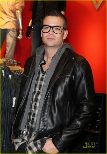Mark Salling - Pipe Dreams signing at Guess store
