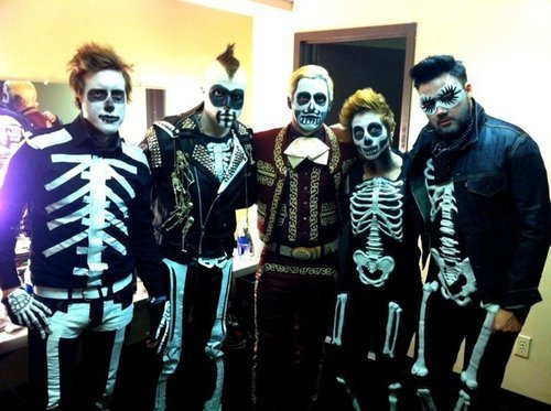 Neon Trees' Happy Halloween