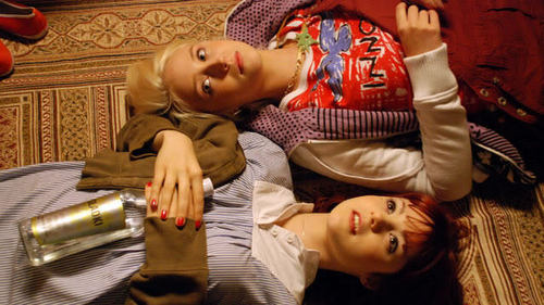 Picspam and Moving images of Naomily