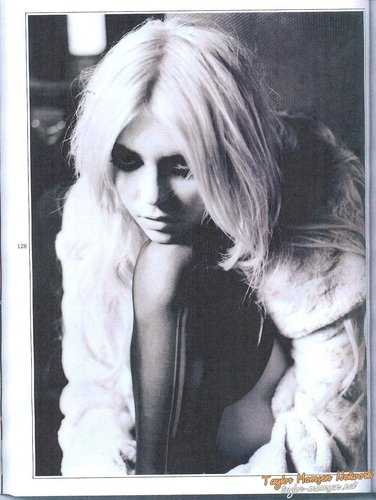Taylor in Wonderland Magazine (November) 2010
