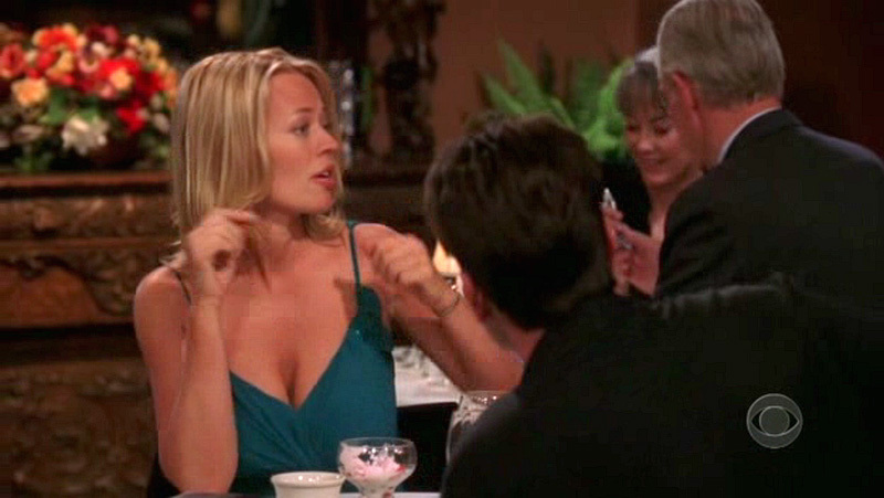 The gallery for --> Jeri Ryan Two - 123.6KB