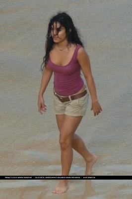 Vanessa on set Journey2