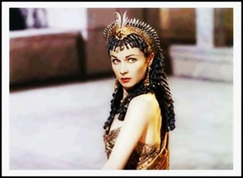 Vivien leigh cleopatra costume