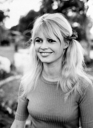 and the angel had blonde hair and a smile that could burn oceans - brigitte-bardot Photo