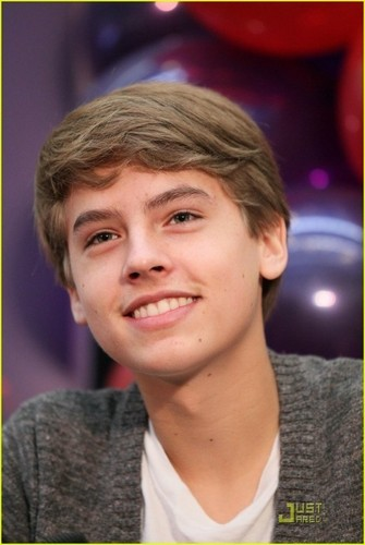 更多 Dylan and Cole Pics at MOM Event!!