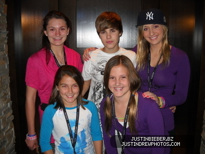 Scottrade Center- St. Louis, Missouri; (November 8th) - justin-bieber Photo