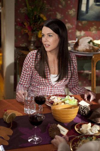 2x10 - Happy Thanksgiving - Promotional fotografias