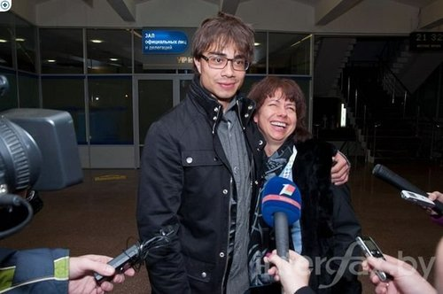 Alex and his lovely mother ♥