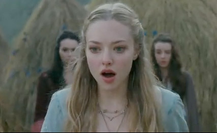 "Amanda Seyfried's New Movie ""Little Red Riding Hood"" Stills"