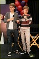 Dylan and Cole meer Pics At Million Of Shakes!!