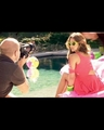 ELLE BTS Photoshoot - jessica-alba screencap
