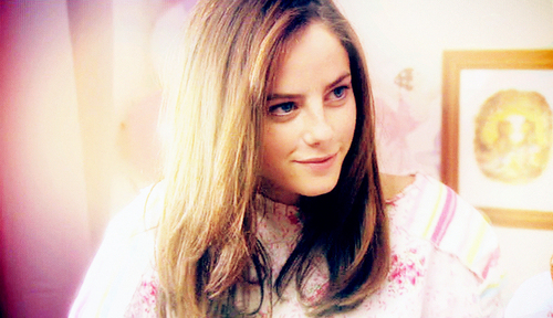 Effy Stonem wallpaper possibly containing a bathrobe and a portrait titled Effy