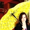 Elizabeth Reaser Foto containing a parasol titled Elizabeth. <3