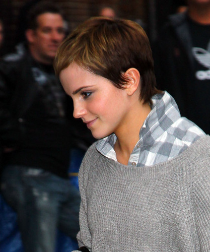 Emma arriving at the Ed Sullivan Theater in NYC., 15.11.2010