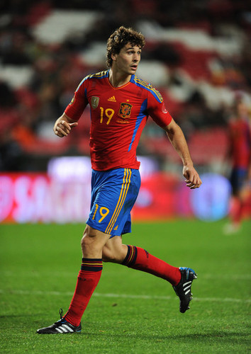 Fernando Llorente پیپر وال called Fernnado Llorente Portugal 4-0 Spain (friendly) 17.11.2010
